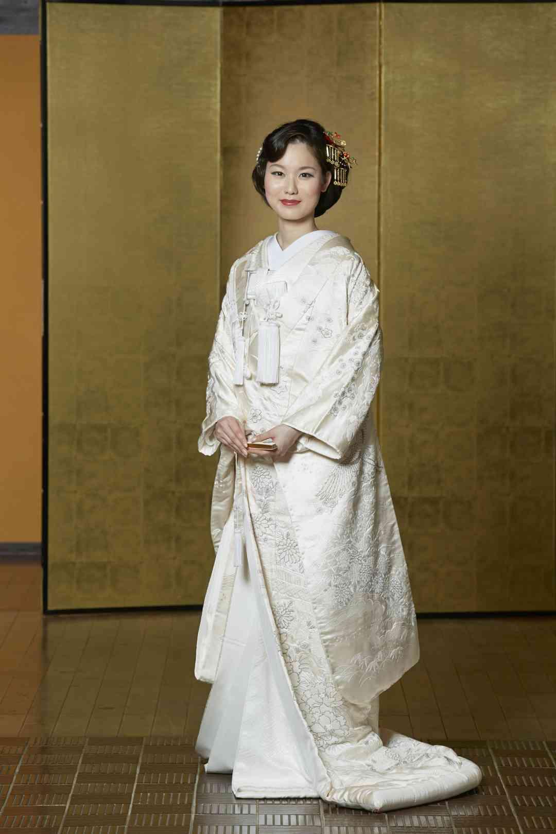 【白無垢】相良刺繍花と鶴