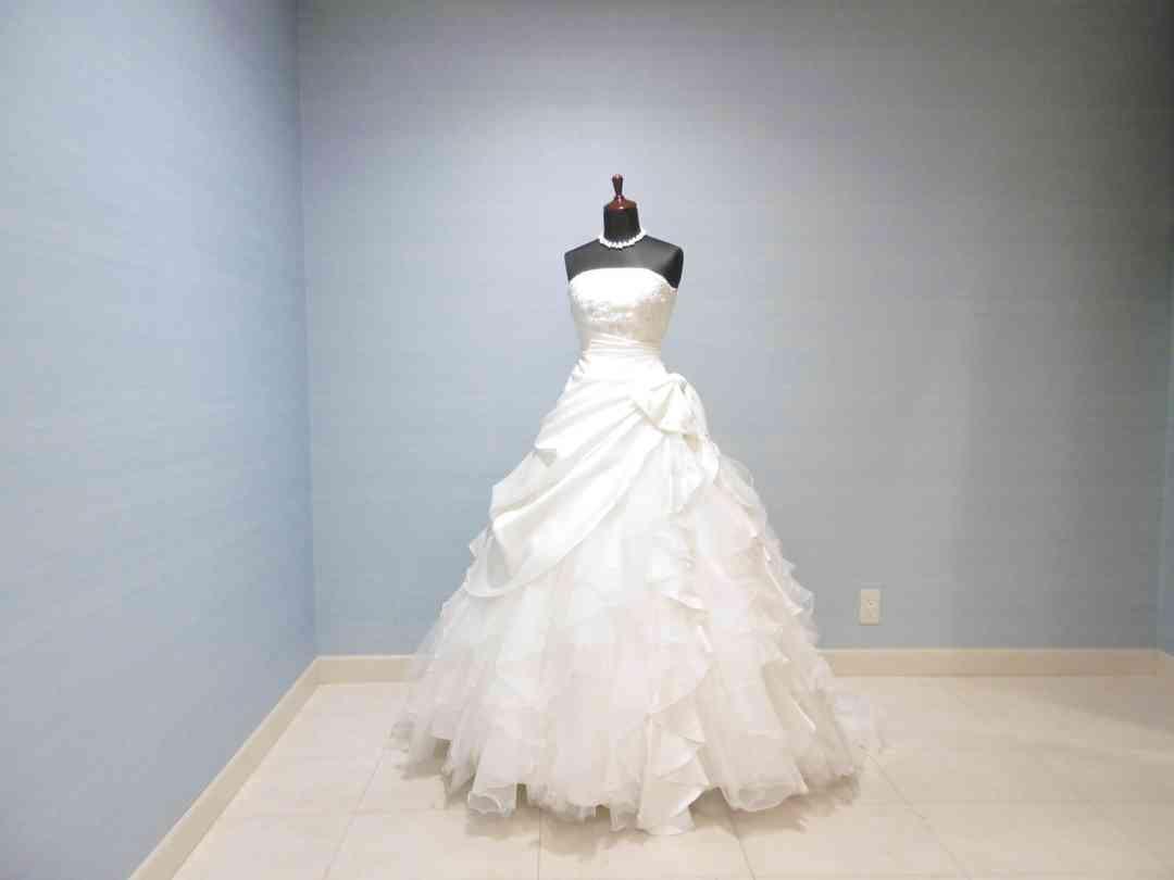 Wドレス4 /ブライダリウム ミュー