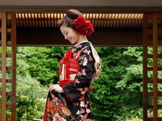 花嫁の和装の種類と髪型、小物・下着